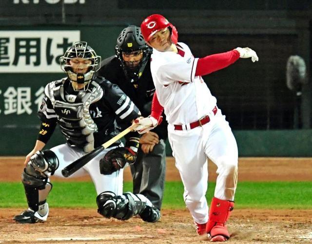 2回の盗塁失敗で流れが完全に遮断。監督のゲームメイク力の差か!?新井選手、本当にお疲れさまでした。