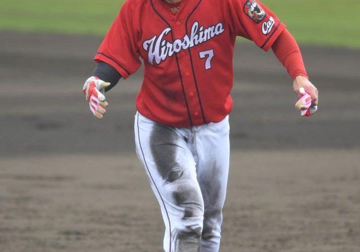 薮田は炎上で脱落。センター候補は大盛がリード!?堂林が泥んこになって好打、好走塁を連発!!